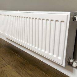Radiator heating installation